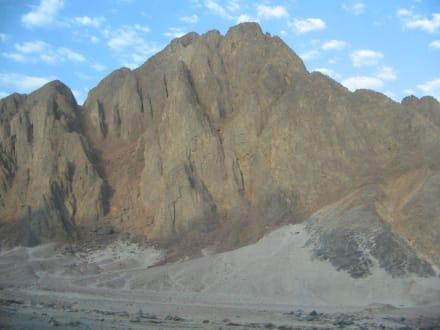 Fahrt nach Luxor - Wüste