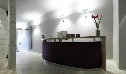 Rezeption bild design hotel stadt rosenheim in m nchen for Design hotel rosenheim