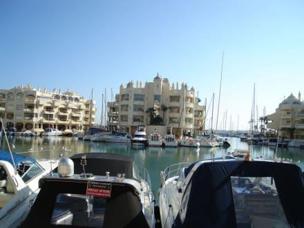 Yachthafen im Nachbarort Benalmádena - Hafen Puerto Marina