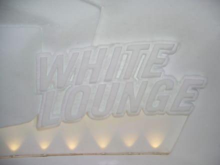 Innenansicht der White Lounge - White Lounge Bar