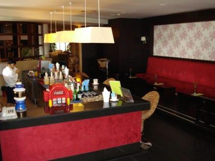 Hotelbar - Essen & Trinken