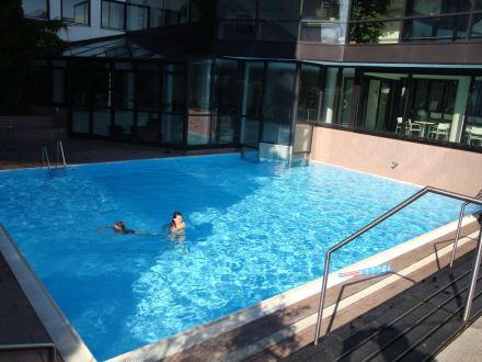 Au enpool bild hotel allg u stern in sonthofen bayern for Hotel in sonthofen und umgebung
