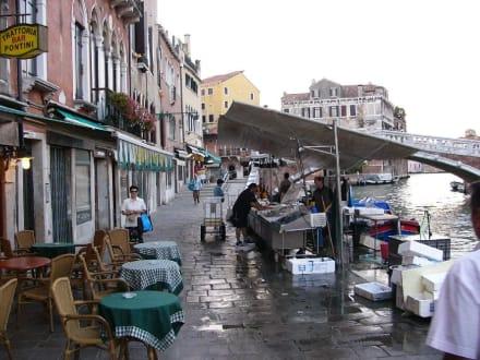 Morgens um 6:00 Uhr in Cannareggio - Altstadt Venedig