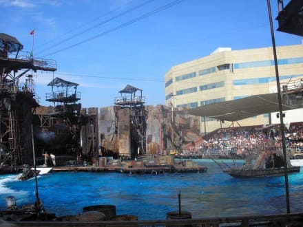 Waterworld - Universal Studios