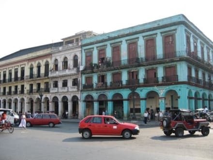 Häuser in Havanna - gegenüber des Captiolio - Altstadt Havanna