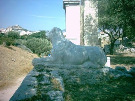 Grabmal auf dem Kerameikos - Friedhof Kerameikos