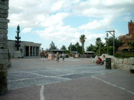 Zentraler Platz im Cathago Land - Carthageland