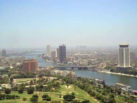 Blick auf den Nil von Cairo Tower - Cairo Tower