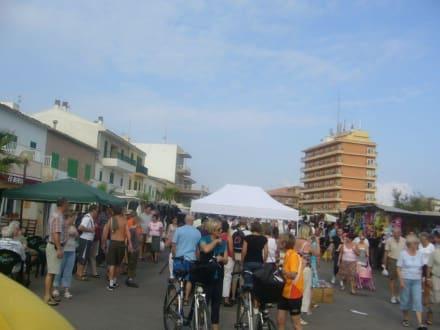 Der Wochenmarkt - Wochenmarkt