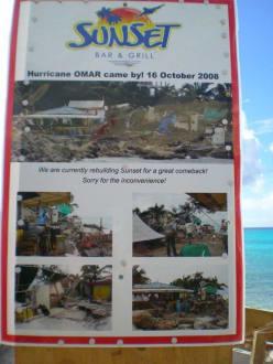 Plakat an der Sunset Beachbar - Maho Beach