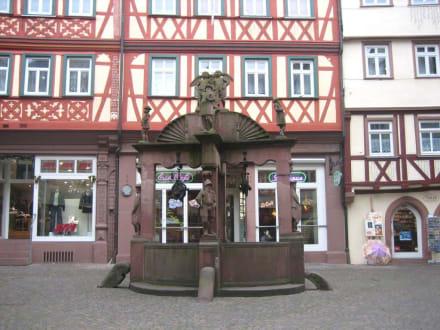 Engelsbrunnen - Altstadt Wertheim am Main