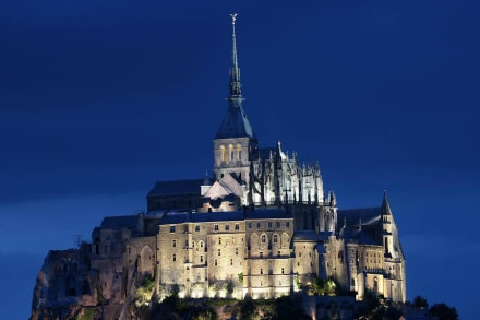 By Night - Mont Saint Michel
