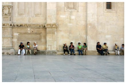 Japanische Touristen an der Kathedrale - Kathedrale Sv. Jakov