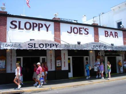 Sloppy Joes Bar - Sloppy Joes Bar