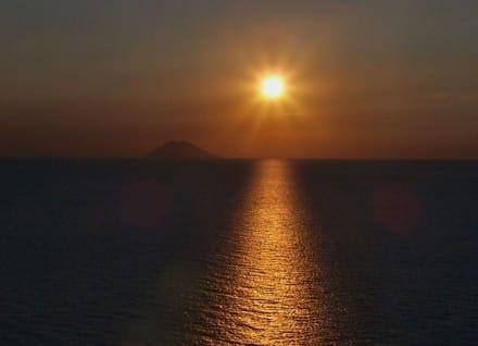 Sundown by Stromboli - Capo Vaticano