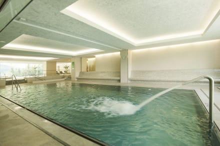 Swimming pool day light -