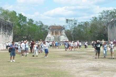 Ballspielplatz - Ruine Chichén Itzá