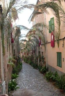 Schönste Straße in Spanien - Altstadt Valldemosa/Valldemossa