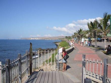 Promenade / Maspalomas - Shoppingcenter Boulevard El Faro