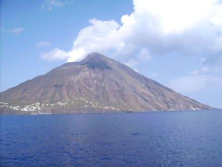 Schiffsausflug  zu den Liparischen Inseln - Vulkan Stromboli