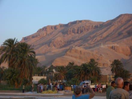 Ratlosigkeit - Ballonfahrt Luxor