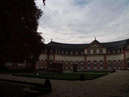 Sehenswerte Schlossanlage - Schloss Weilburg