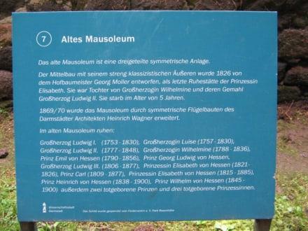 Info Mausoleum - Rosenhöhe Park