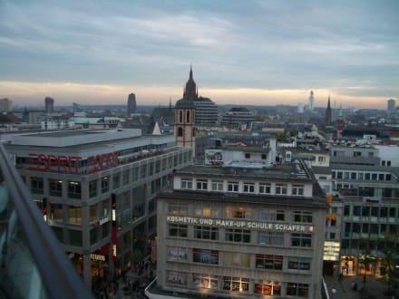 Blick von der 7. Etage - Dinea Restaurant im Kaufhof