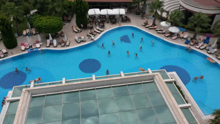 Früh Gymnastik.... - Hotel Alba Royal