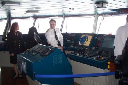 Bei der Crew auf der Brücke - Midnatsol