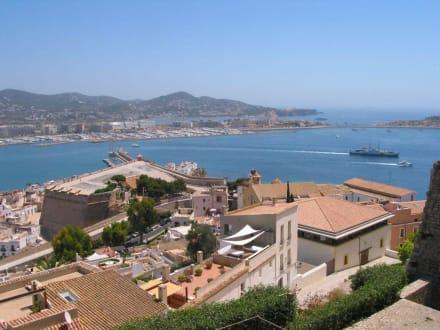 Blick über die Altstadt - Altstadt Dalt Vila Ibiza