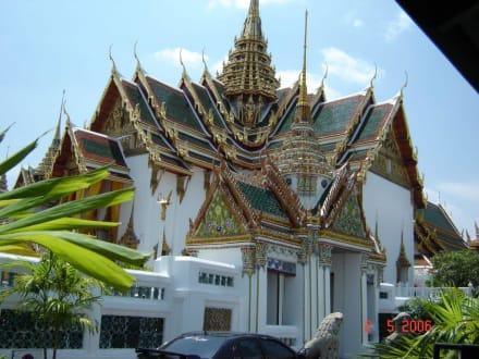 Im Königspalast - Großer Palast