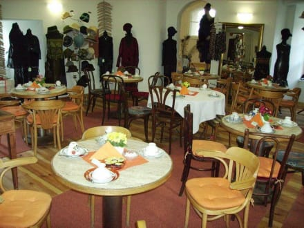 Modemuseum Meyenburg - Modemuseum Schloss Meyenburg
