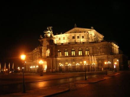 Die Semperoper bei Nacht - Semperoper