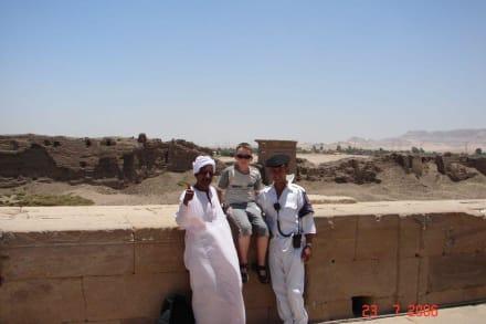 Hathor Tempel - auf dem Dach - Hathor Tempel Dendera