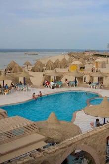 Lagoon Beach Pool -