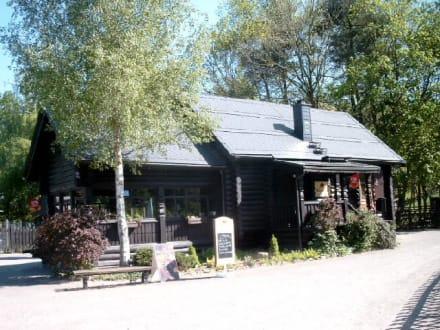 Russsiches Teehaus im Wildpark / Blockhaus - Wildpark Leipzig