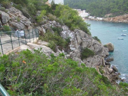Auf dem Weg zum Höhleneingang I - Cova de Can Marca