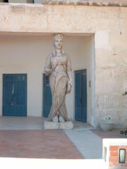 Restaurantplatz vor dem Carthagoland / Medina - Medina Hammamet-Yasmine