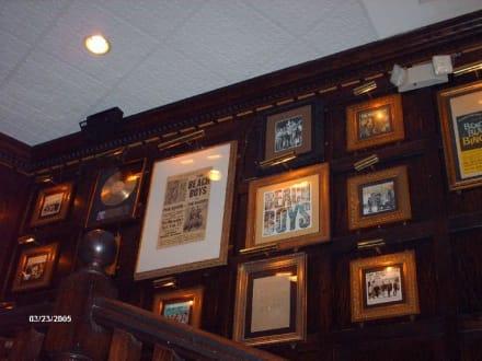 Hard Rock Café - Hard Rock Café
