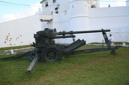 Festung - Festung Monte Serrat