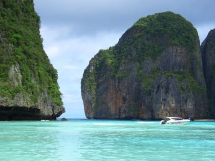Maya Beach - Maya Bay / The Beach