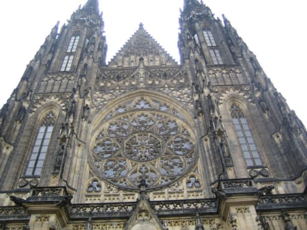 Kirche - St.-Veits-Dom