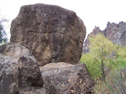 Felsen im Landesinneren - Bergwelt