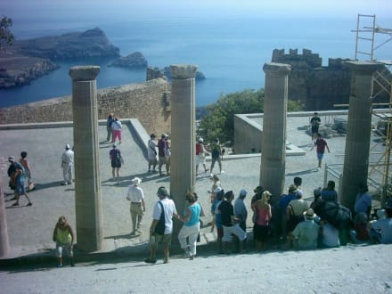Lindos, Blick vom Athenetempel - Akropolis von Lindos