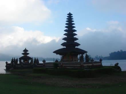 Tempel Ulun Danu - Tempel Pura Ulun Danu Bratan