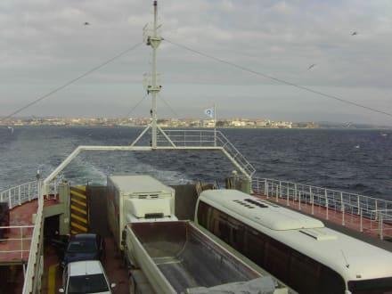 Fährfahrt über dem Marmera Meer - Rundreise Westtürkei