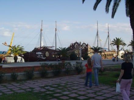 Hafen - Piratenschiffe - Hafen Sousse