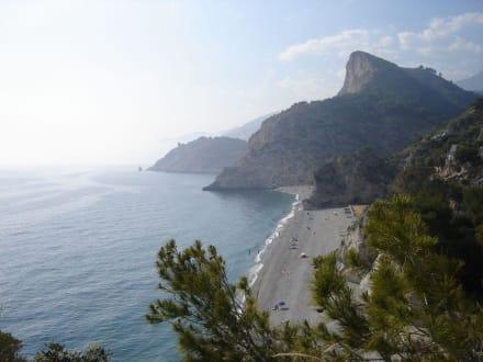 Blick auf den Strand - Playa de Cantarrijan
