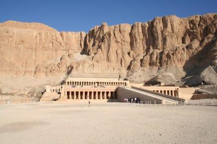 Theben West, Tempel der Hatschepsut - Tempel der Hatschepsut